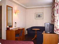 Queens_Park_Hotel2.jpg