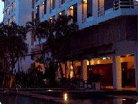 Sandalay-Resort-w.jpg