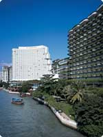 Shangri-La-Hotel-w.jpg